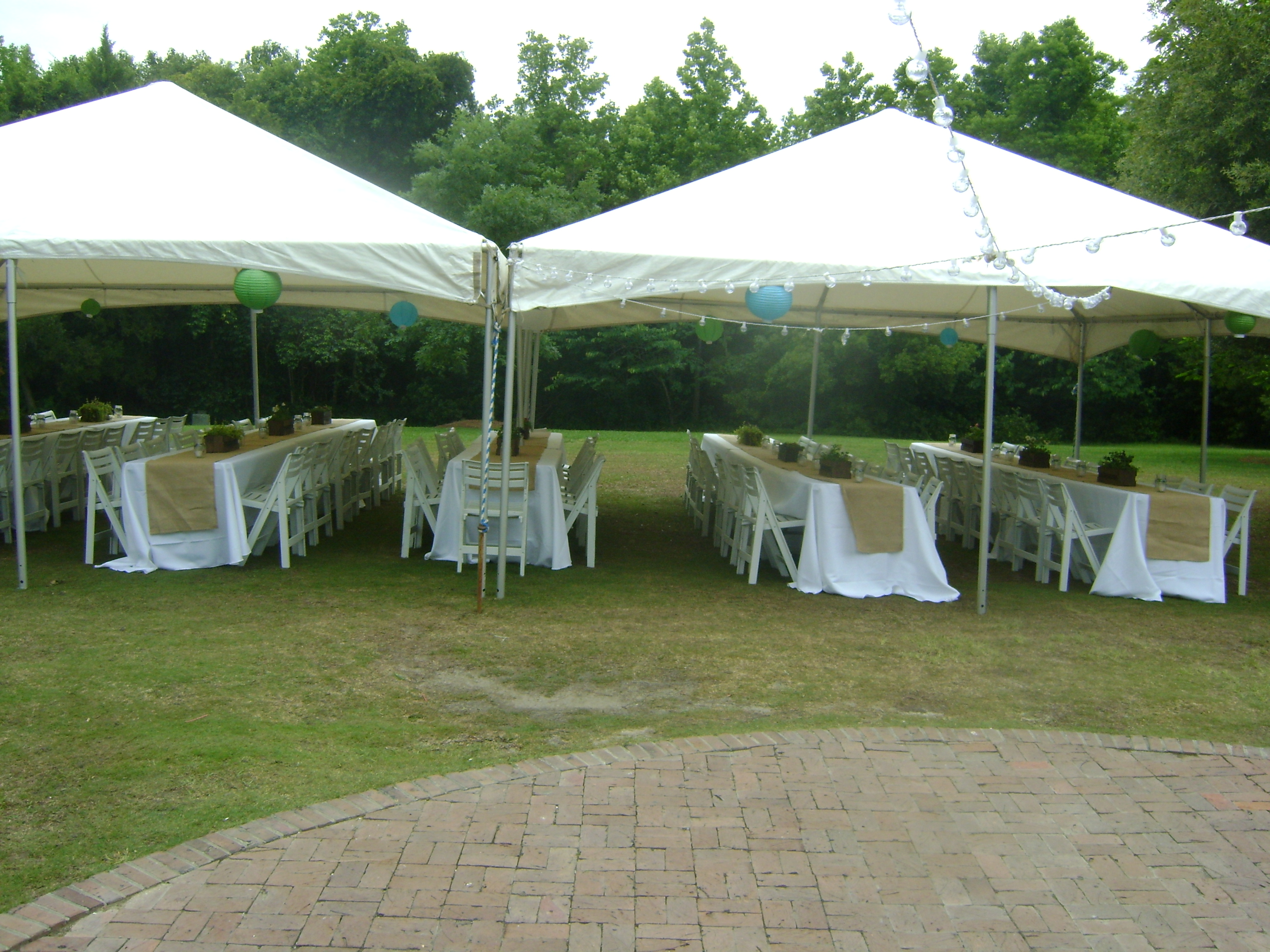 How a charleston wedding planner can help tent layout for Wedding tent layout tool